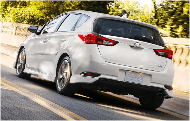 2018 Toyota Corolla iM exterior features