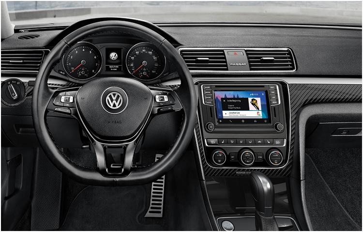 2019 VW Passat Interior Styling
