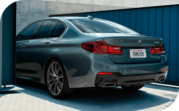 With standard driver assist features, the 2020 BMW 5 Series makes it easy to get where you need to go safely