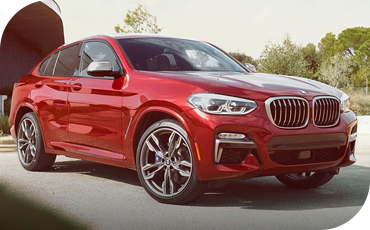 Front three-quarters view of a BMW X4