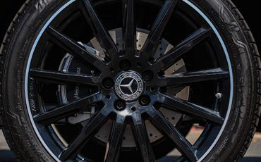 2020 GLB Black Alloy Wheels
