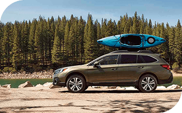 Viewed from the side, the 2019 Subaru Outback reveals a long, elegant roofline that adds tons of convenient storage.