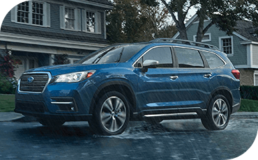 Subaru Ascent driving in rain