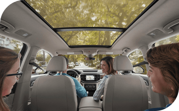 Compare new 2019 Volkswagen Atlas vs Chevrolet Traverse Driver Assistance Benefits