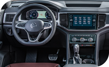 2020 VW Atlas Cross Sport center console and steering wheel