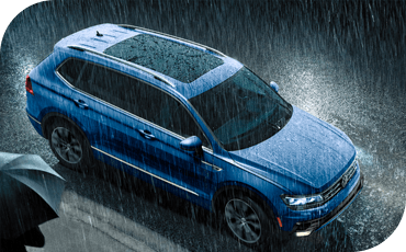 VW Tiguan In The Rain