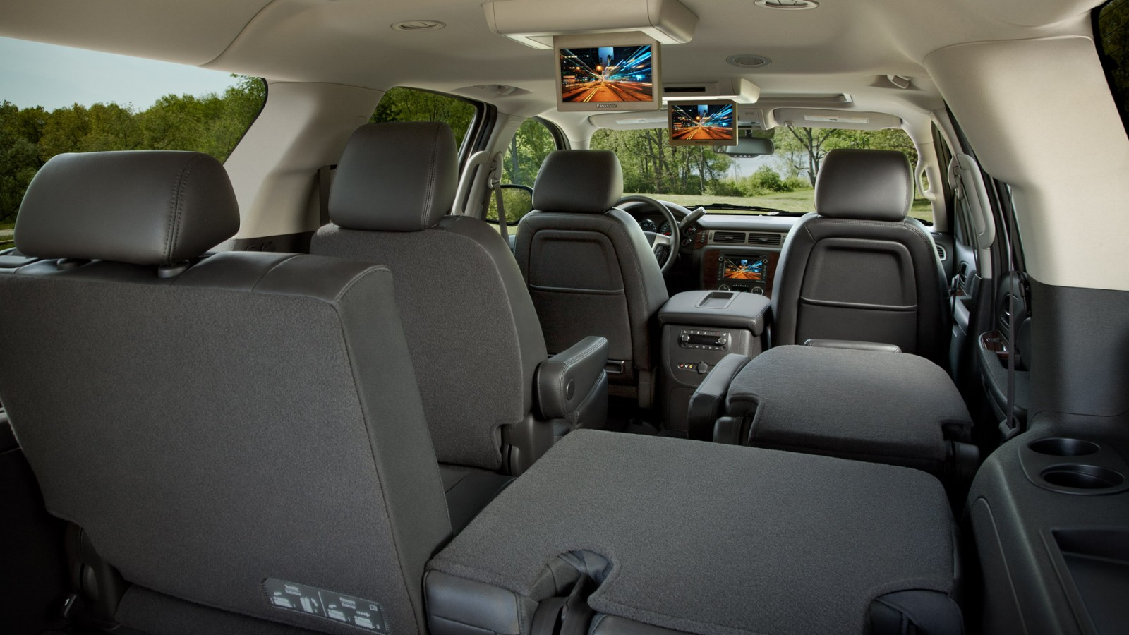 2014 chevy suburban model salem or