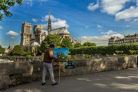 Find free France itineraries