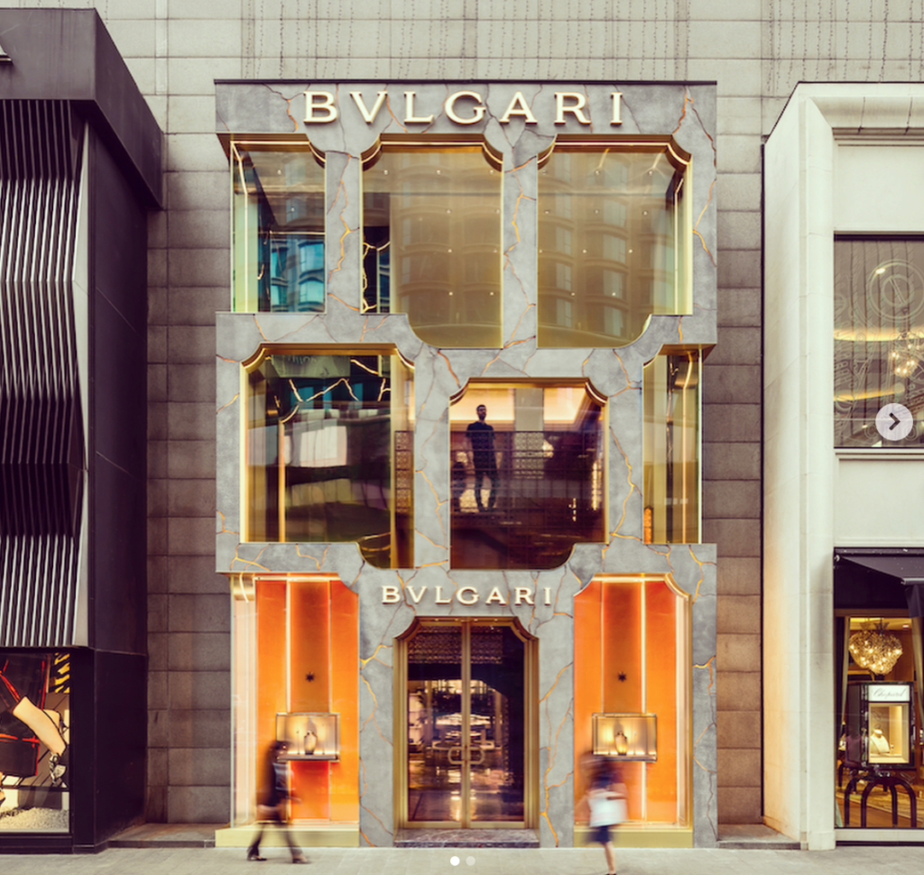 87d280cd6cf40 And Bulgari's latest makeover at Pavilion Kuala Lumpur truly possesses the  wow factor that tempts you to venture further in.