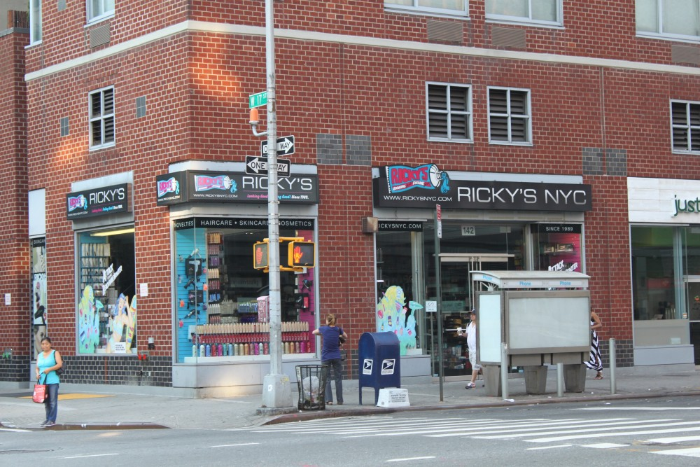 Ricky S Nyc 142 8th Ave New York Ny 10011 On 4urspace Retail Profile
