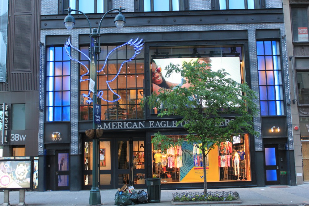 American Eagle Outfitters 40 West 34th Street New York NY 10001 On