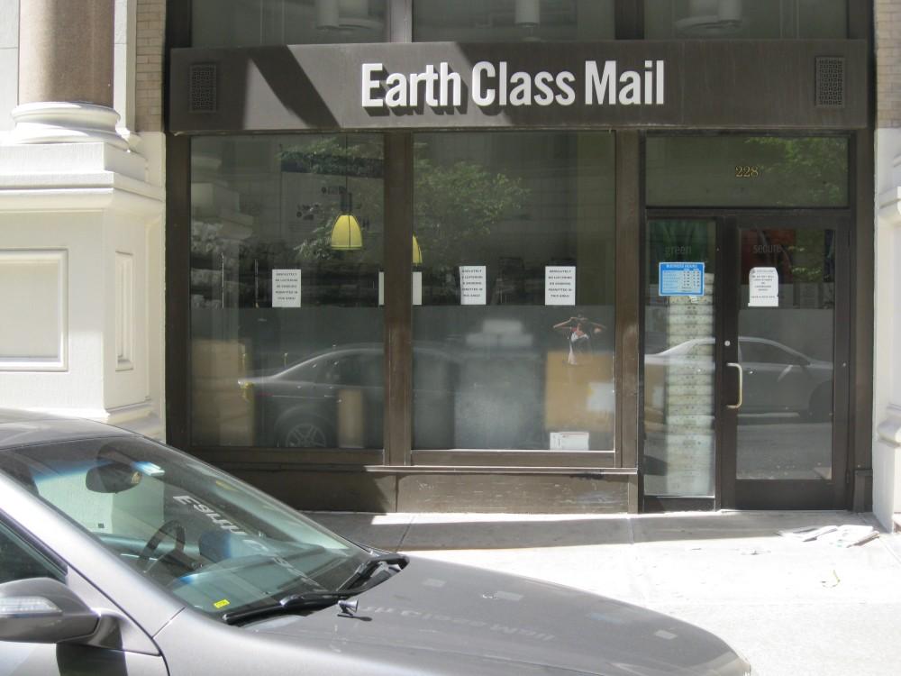 Earth Class Mail 228 Park Avenue South New York, NY 10003 on