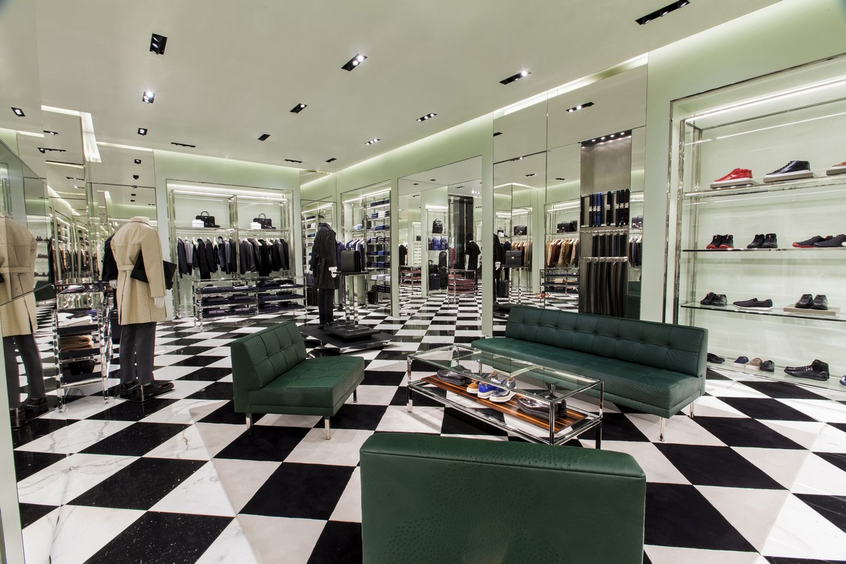 prada 3131 las vegas blvd south las vegas nv 89109 on