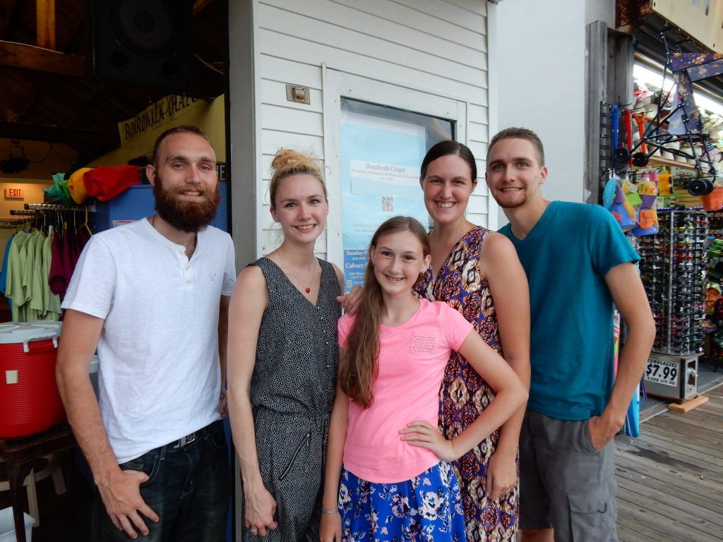 Dieckmann Siblings: Robert, ____, ____, Taryn, Danny, Boardwalk Chapel 2015, photo by Janet B.