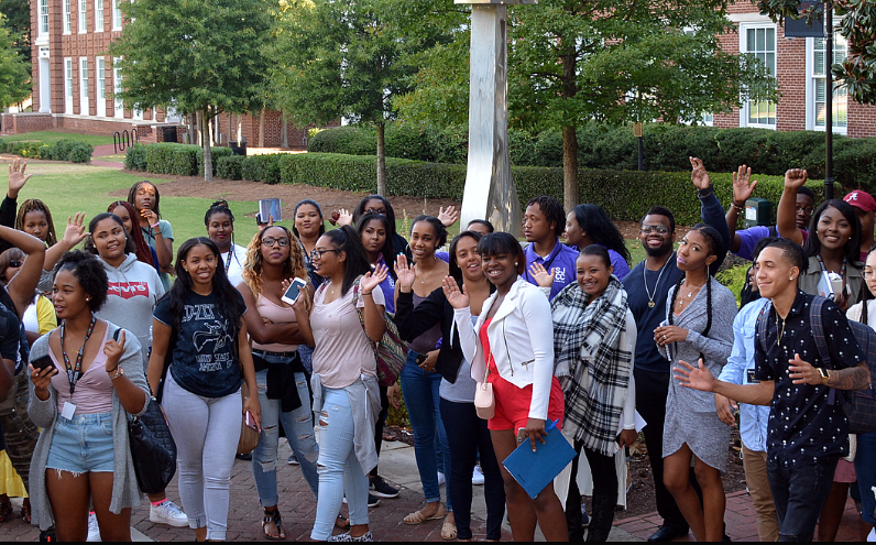 Chestnut Street Family YMCA Black Achievers Headed On A College Tour