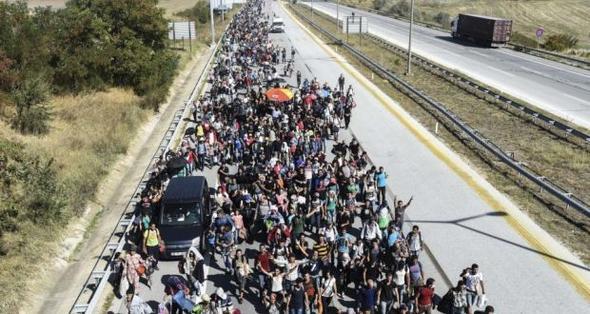 Stopp flyktningene før de forlater landet sitt