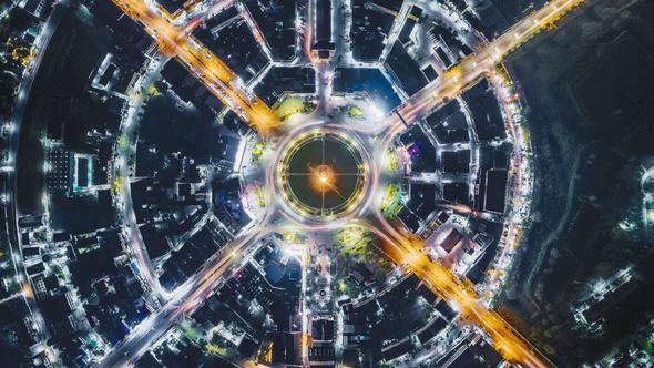 Ny teknologi øker kontroll i samfunnet reduserer behovet for mennesker