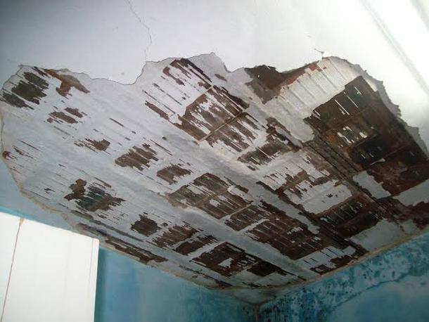 Minha casa está caindo