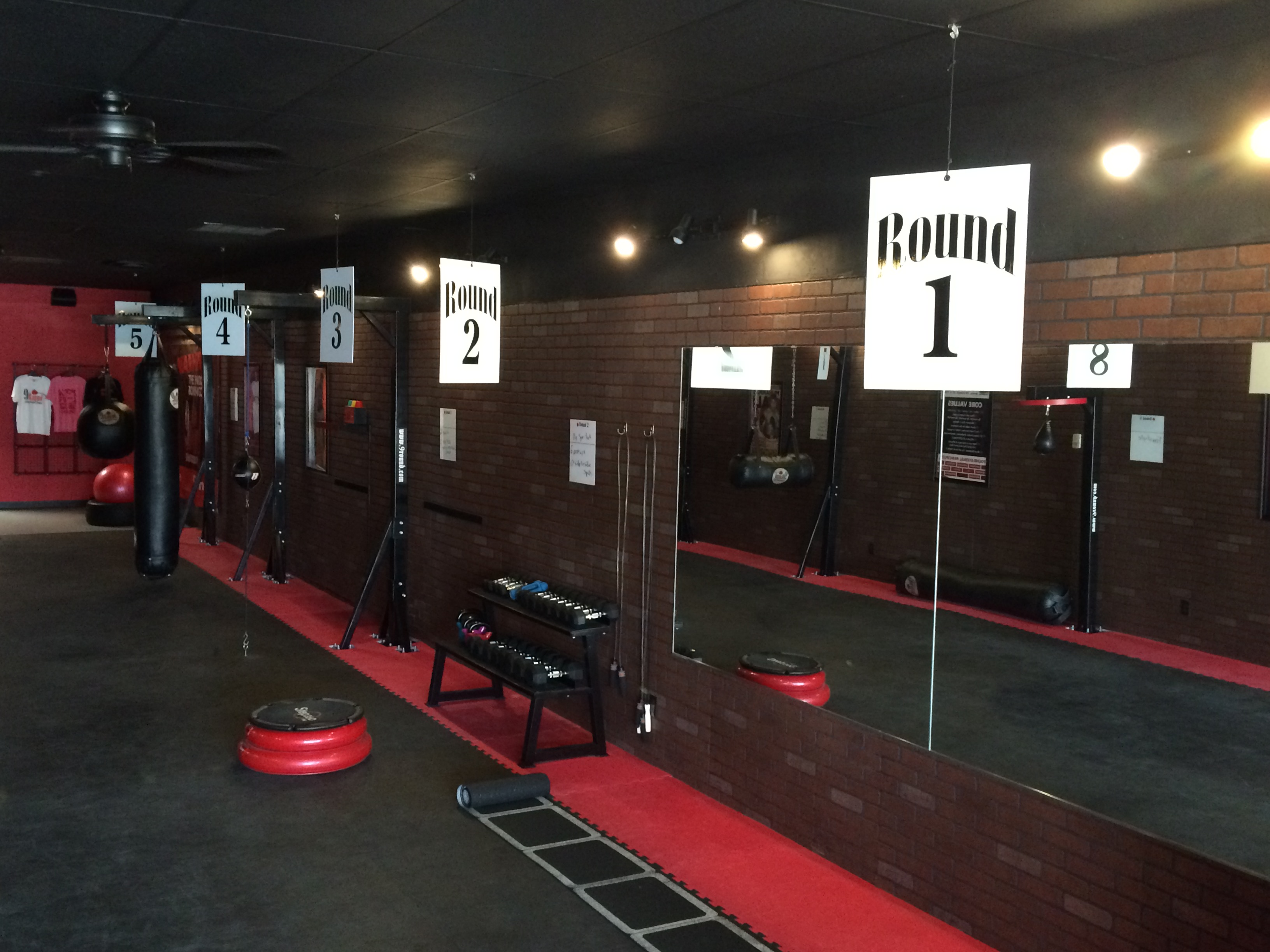 9Round fitness and kickboxing classes in Oklahoma City, OK-W Hefner