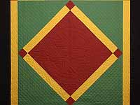 Extra Fine Midwestern Amish Colors Center Diamond Quilt