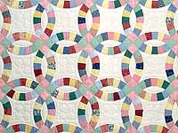 Twin Pastel Double Wedding Ring Quilt