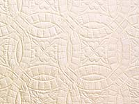 Polished Cream White Cotton Double Wedding Ring Quilt