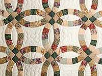 Earth-Tones Double Wedding Ring Quilt