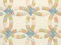 King Antique Pastels Double Wedding Ring Quilt