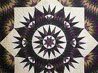 King Mauve & Dark Green Mariner's Star Quilt