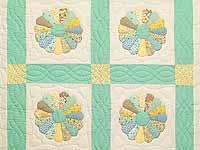 Pastel Green Dresden Plate Crib Quilt
