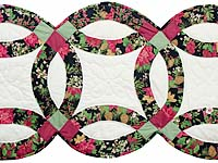 Poinsettia Double Wedding Ring Runner