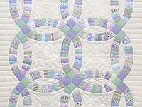 Fine Purple and Green Wedding Ring Crib Quilt