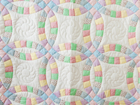 Pastel and White Wedding Ring Crib Quilt