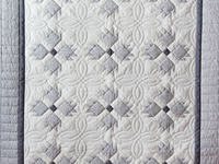 Pristine Gray & White Bear's Paw Quilt