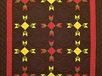 Indiana Amish Rabbit's Paw Quilt