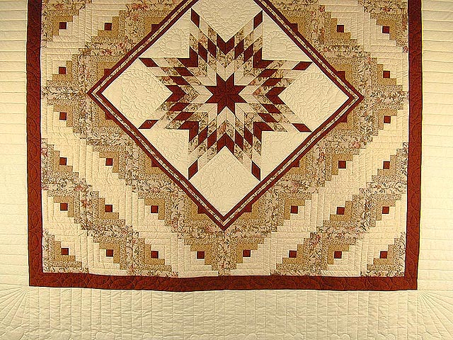 Brick Red and Cream Lone Star Log Cabin Quilt Photo 3