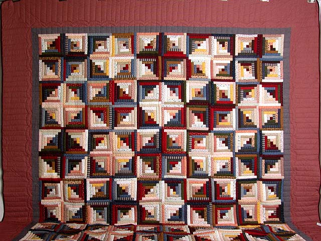 King Red Navy and Multicolor Log Cabin Quilt Photo 2