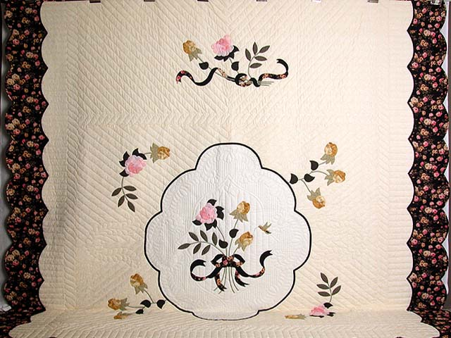 King Gold and Rose Lancaster Treasures Quilt Photo 2