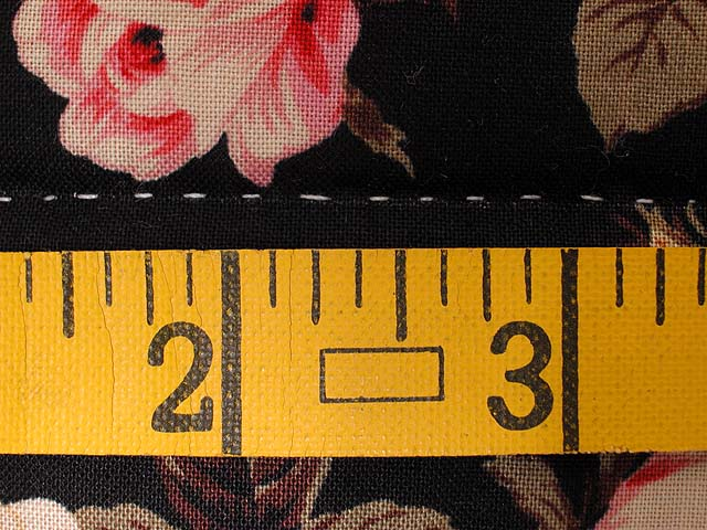 King Gold and Rose Lancaster Treasures Quilt Photo 8