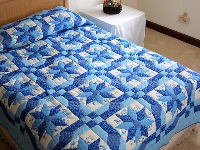 Blue Columbine Quilt Photo 1