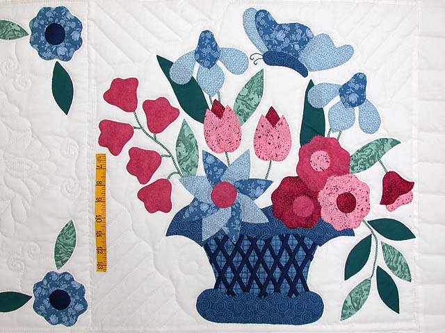 Blue and Rose Garden Baskets Quilt Photo 4