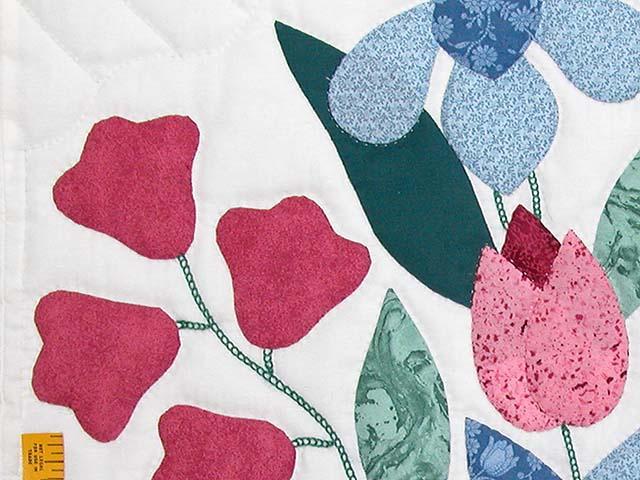 Blue and Rose Garden Baskets Quilt Photo 5