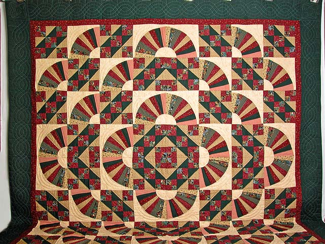 Burgundy Green And Multi Jacobs Ladder Fan Quilt Photo 2