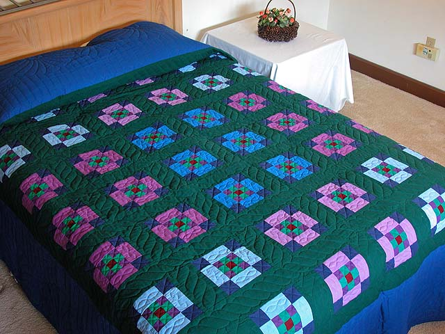 King Amish Nine Patch Quilt Photo 1