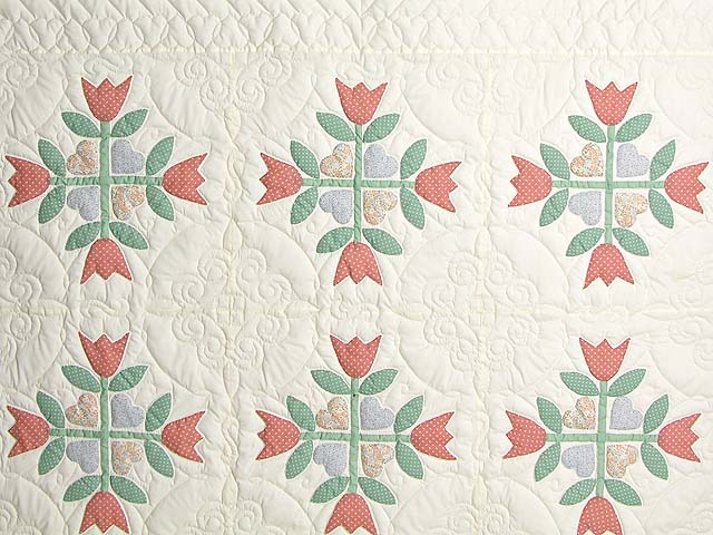 Pastel Country Tulip Album Quilt Photo 3
