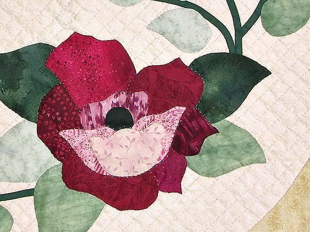 King Rose Cream and Tan I Promised You a Rose Garden Quilt Photo 6