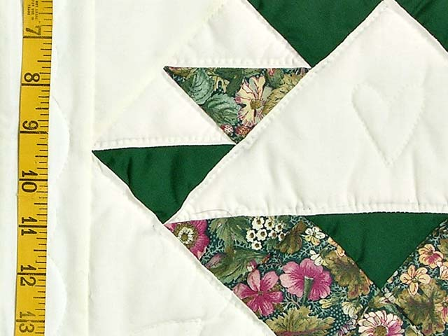 Green Patchwork Basket Quilt Photo 5
