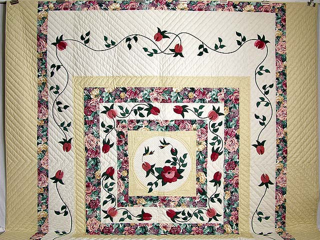 King I Promised You a Rose Garden Quilt Photo 2