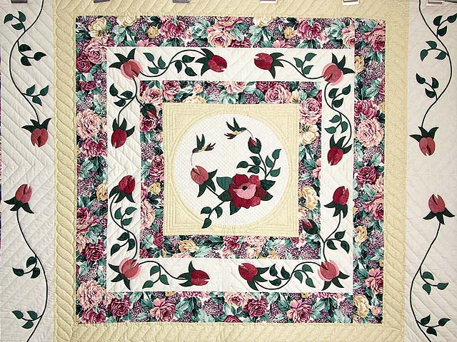 King I Promised You a Rose Garden Quilt Photo 3