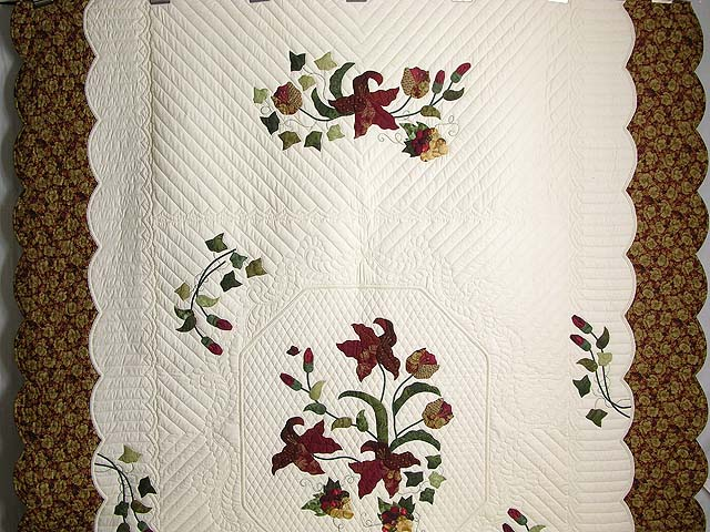 Burgundy and Gold Petal Showcase Quilt Photo 2